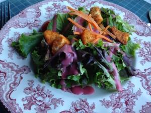 house-salad-raspberry-vinagrette-emily-s