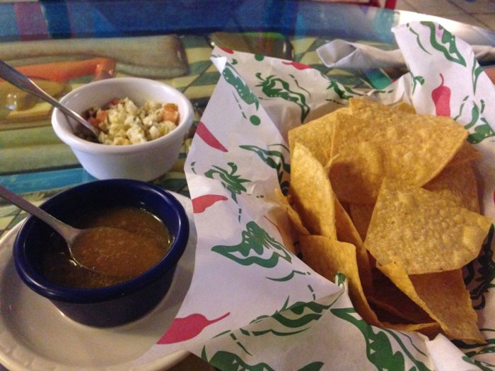 tlacuani-chips-and-salsa