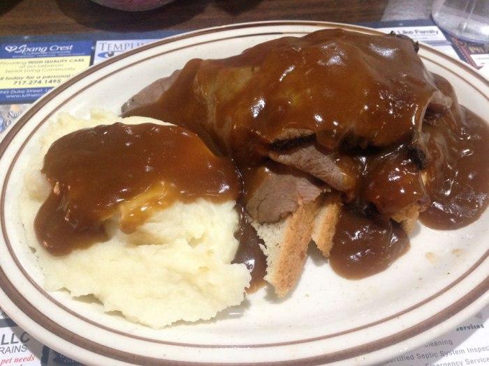 blue-star-family-restaurant-hot-roast-beef-sandwich