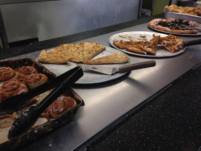 infinito-s-dessert-pizza-buffet