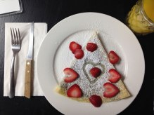 au-bon-lieu-strawberry-dark-chocolate-crepe