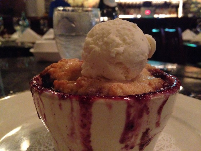 panevino-peach-and-blueberry-cobbler