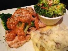 klinger-s-fleetwood-chicken-broccoli-parmesan