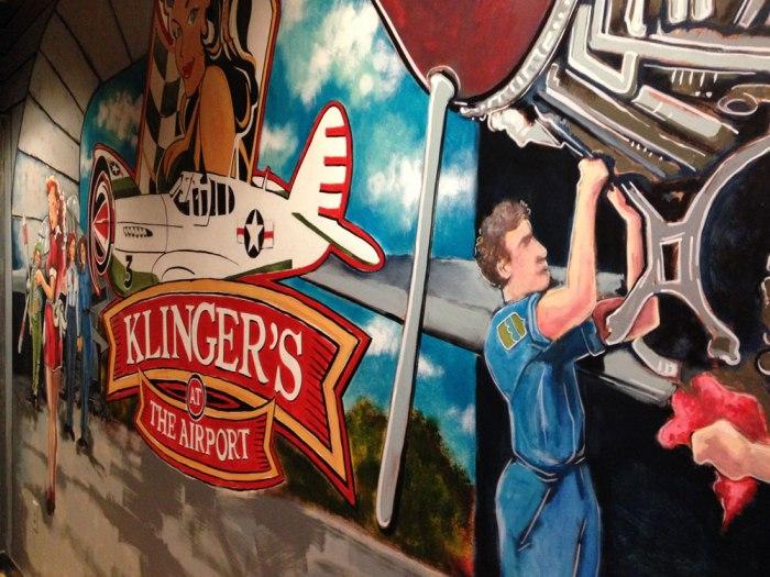 klingers-airport-mural